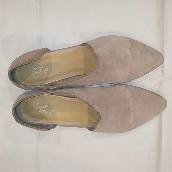 Crown Vintage Almond Suede Boot